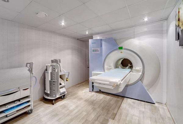 МРТ делают в одежде или без